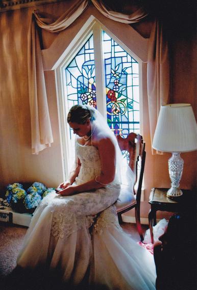2015-12-15-1450146082-5216064-ShannonPrenticeweddingday2009.jpg