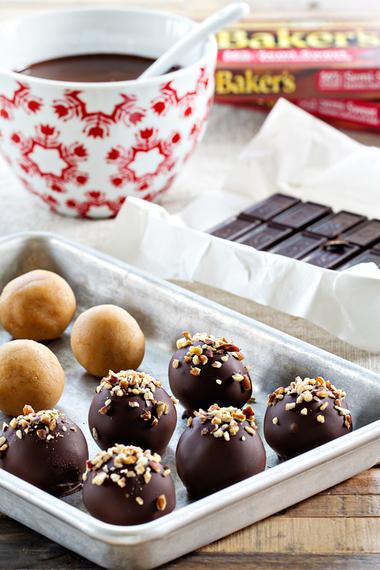 2015-12-15-1450202890-5849030-turtlecookieballs.jpg