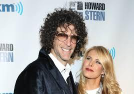 2015-12-16-1450235740-7058723-howardstern2.jpg