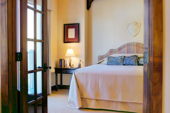 2015-12-16-1450300264-6333928-HotelGranducaAustinlowres.jpg