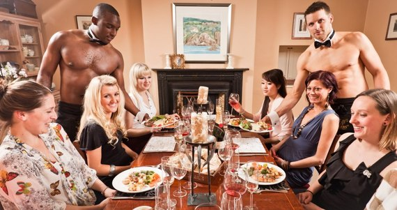 2015-12-17-1450342898-7893020-Naked_butlers_with_a_hen_party_Bristol_2013.jpg