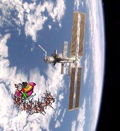 2015-12-17-1450345745-6020601-issandsanta.jpg
