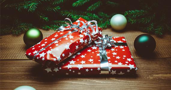 2015-12-17-1450365762-210380-CHRISTMAS.jpg