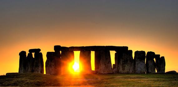 2015-12-17-1450369642-2086830-sunset_stonehenge.jpg