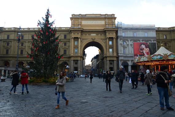 2015-12-17-1450385253-3315024-PiazzaRepubblica.JPG