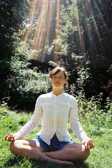 2015-12-18-1450431059-6628727-memeditating.jpg