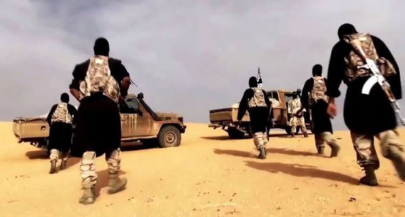 2015-12-19-1450496425-4011653-AlQaeda_in_the_Islamic_Maghreb_fighters.jpg