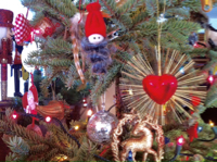 2015-12-21-1450727779-7952592-christmastree.jpg
