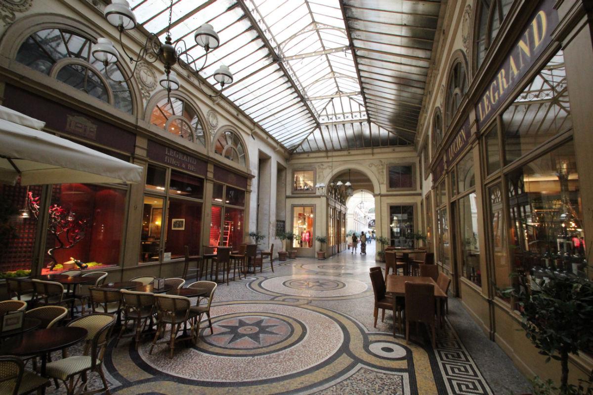 La france audacieuse d couvrir paris la ville lumi re for Terrasse et cie paris 18