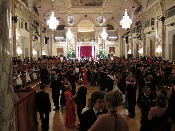 2015-12-22-1450801500-2693910-Vienna.jpg