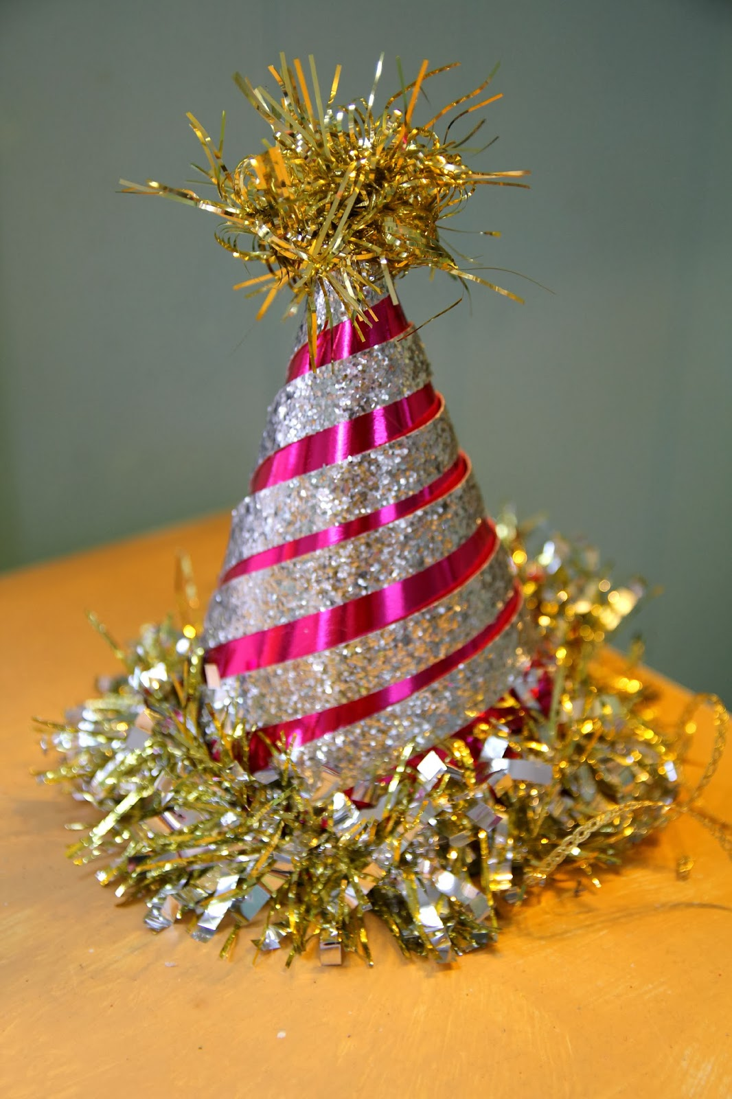 5 Unique Ways to Repurpose Christmas Decorations for New ...