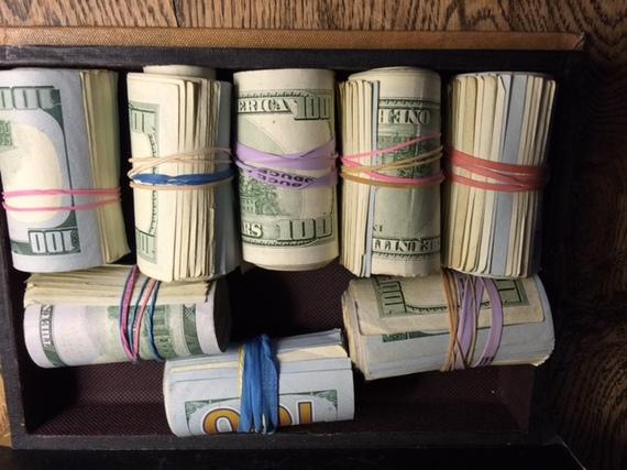 2015-12-28-1451336200-8529829-Money.JPG