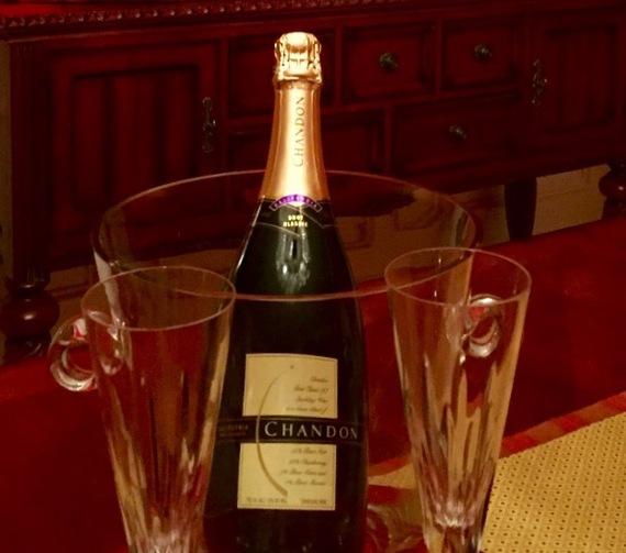 2015-12-29-1451362080-981501-champagne.jpg