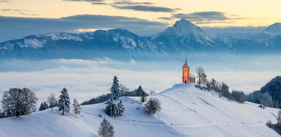 2015-12-29-1451390979-6802915-snowporn_slovenia.jpg