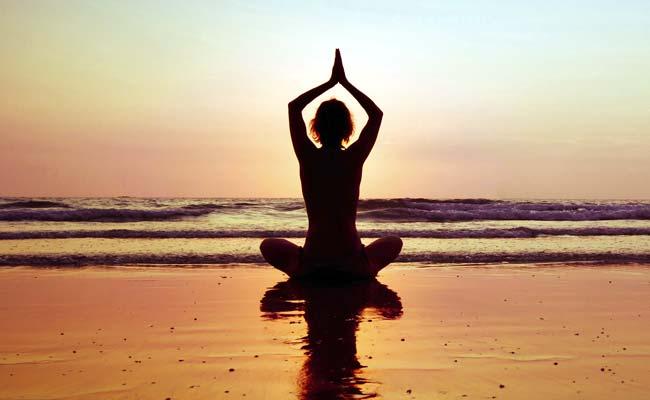 2015-12-29-1451392414-3002578-yoga.jpg