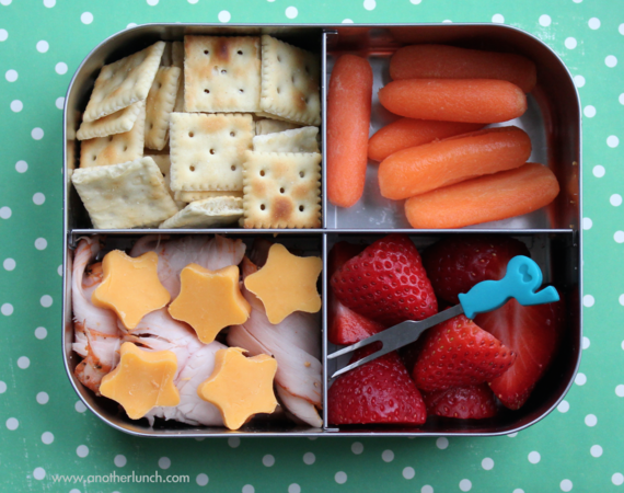 2015-12-29-1451419905-8706596-Packedlunch.png