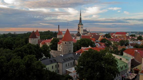 2015-12-30-1451467579-4172915-Estonia.jpg