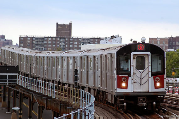 2015-12-30-1451490585-4645292-subwaytrainpic.jpg