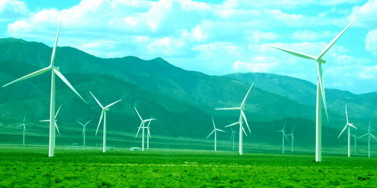 2016-01-06-1452048237-8720076-windturbineinstallationinbasinnrangeJuly302013570x.jpg
