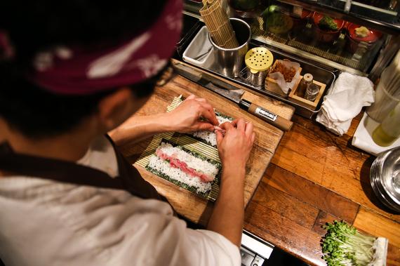 2016-01-06-1452093966-7216854-sushi4.jpg