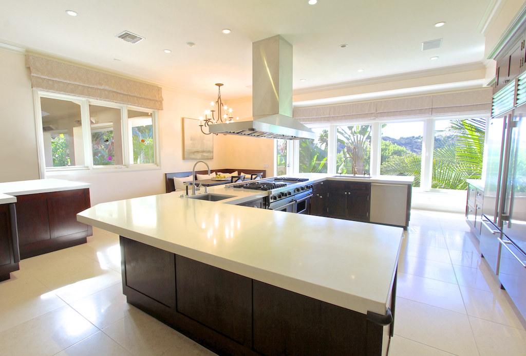 Tour Mark Wahlberg's $30 Million Beverly Hills Mansion ...