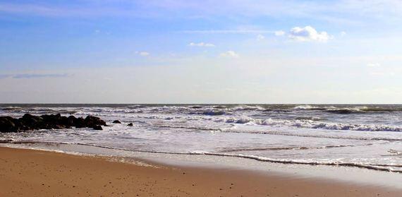 2016-01-11-1452546106-5828041-beach13.jpg