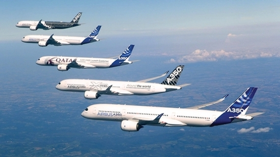 2016-01-12-1452594558-7582559-A350AirbusS.Ramadier.jpg