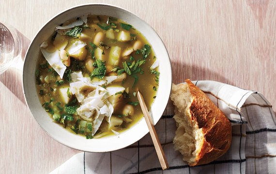 2016-01-12-1452619639-8562174-lunchheartyhealthysoup.jpg