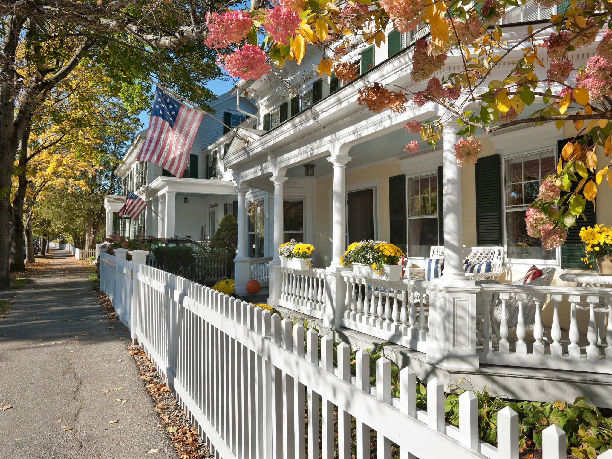The 5 most beautiful towns in america huffpost Best villages in america