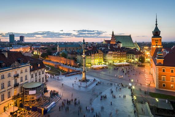 2016-01-13-1452715175-8353115-PolandWarsaw.jpg