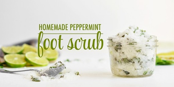 2016-01-13-1452722385-6553068-HomemadePeppermintFootScrub600x303.jpg