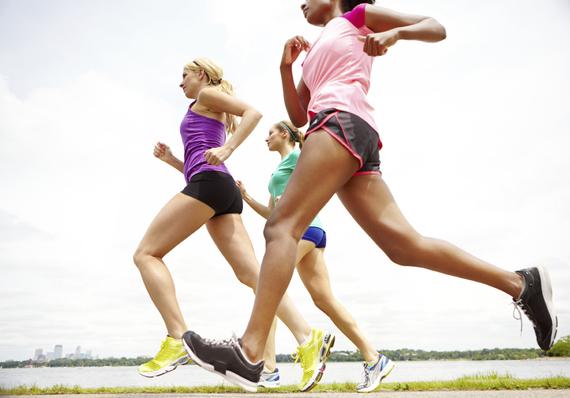 2016-01-14-1452801632-6537704-RunnersRunningWomenGroupWorkout.jpg