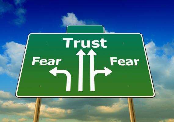 2016-01-18-1453150627-5011964-fear441402_1920.jpg