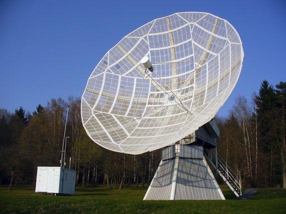 2016-01-19-1453176730-3734508-radiotelescope.jpg