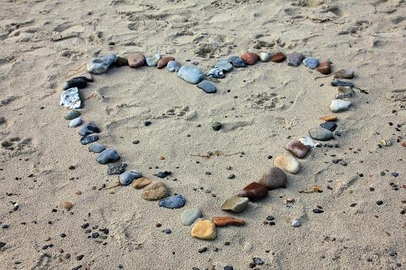 2016-01-19-1453186030-3408102-Beachloveheart.jpg