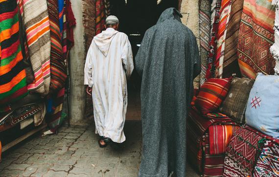 2016-01-21-1453339077-9394510-Spot_Marrakech_Morocco_Souk_de_Tapis.jpg