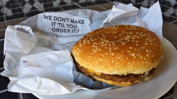 2016-01-22-1453476364-9019170-burger5.jpeg