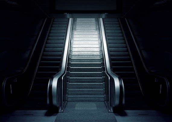 2016-01-22-1453478394-644763-escalator769790_1920.jpg