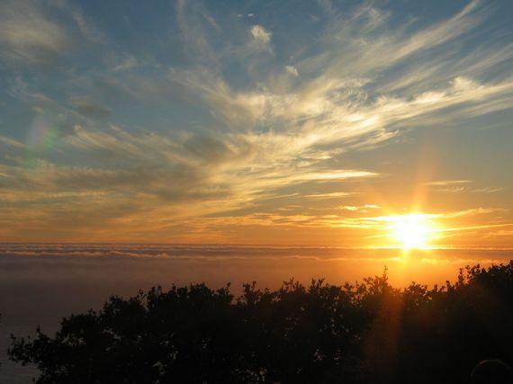 2016-01-23-1453554927-9105473-Sunset_over_the_ocean.jpg