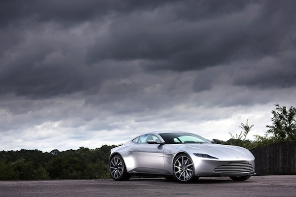2016-01-26-1453781897-4517308-astonmartindb10auction0011.jpg