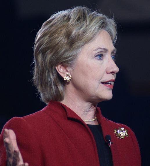 2016-01-26-1453829178-5923947-Hillary_Clinton_20073_cropped.jpg