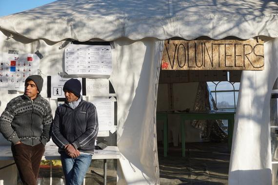 2016-01-27-1453907761-9172662-Volunteers.jpg