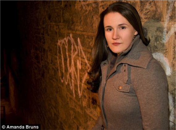 homeless to harvard essay summary A made-for-tv film about murray's life homeless to harvard: the liz murray story, was released in 2003 liz murray's new york times (us) and sunday times.