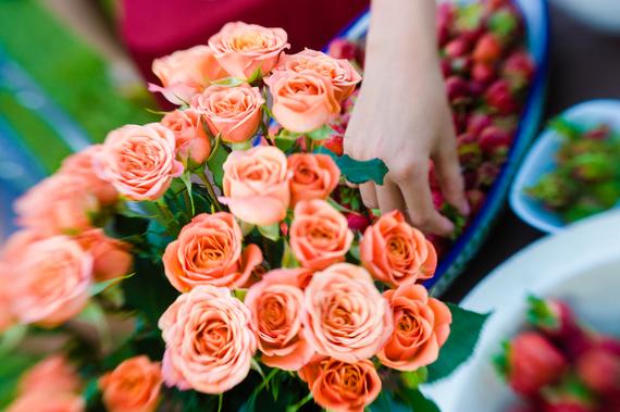 2016-01-27-1453913717-4306296-roses.jpg