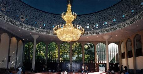 2016-02-04-1454582757-1618015-mosque5029ce8de937f36londoncentralmosque21.jpg