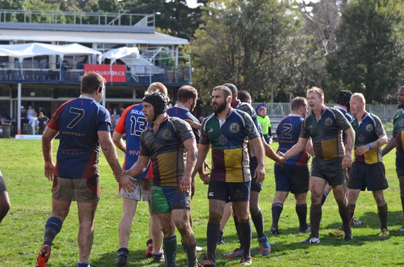 Nashville Grizzlies and Boston Ironsides after a game at the 2014 Bingham Cup