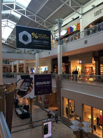 Evidence Of Affluence Subtle Clues At Northern Jersey S Bridgewater Commons Mall Huffpost