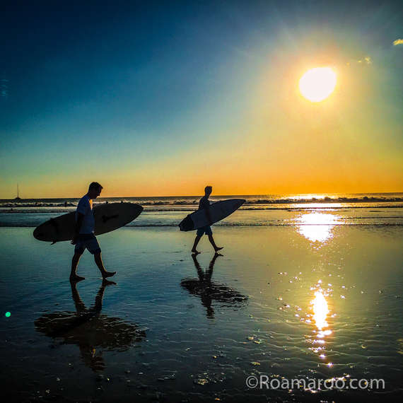2016-02-09-1454991213-6794613-SurferNosara.jpg