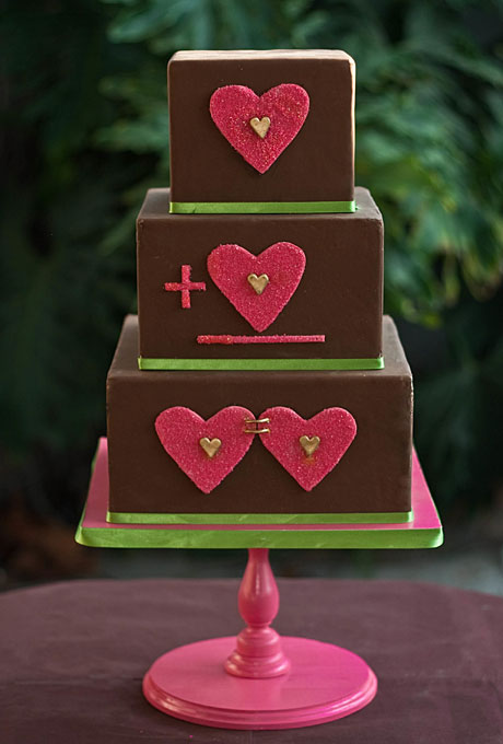 5 Heart Themed Wedding Cakes Just In Time For Valentine S Day Huffpost Life