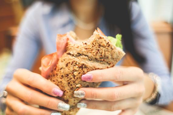 2016-02-10-1455132303-4192785-sandwich.jpg